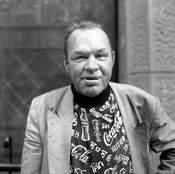 Аркадий Петрович