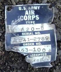 фото 46. Табличка с заводским номером самолета А-20 № 12789, найденного на горе Тхаб.JPG